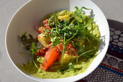Recette de Coeur de saumon, guacamole et panais rôtis